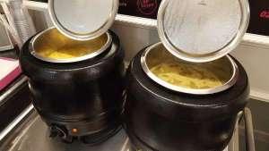 Soupe tomates et boulettes basilic - La tartiniere du zoning - Wauthier-Braine