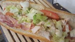 La Fermette   sauce au choix .. andalouse , tartare maison ou autre - La tartiniere du zoning - Wauthier-Braine