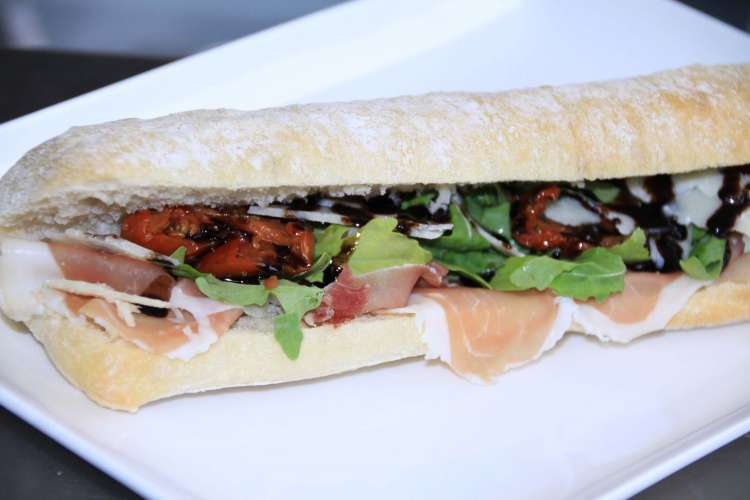 sandwicherie-new-deli-saint-josse-ten-noode-8