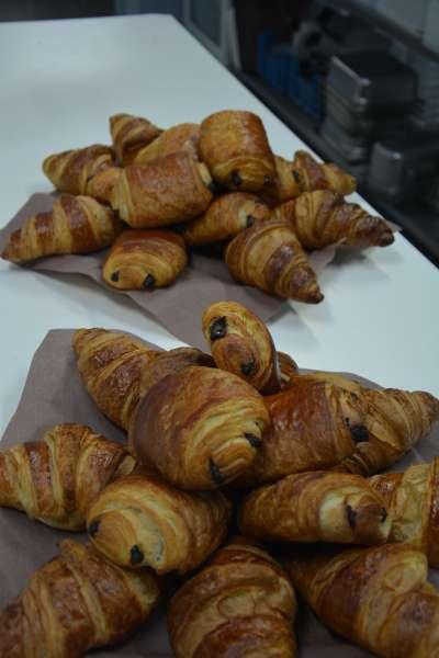Pain au chocolat pur beurre - La Cuisine de Mère-Grand - Mont-Saint-Guibert