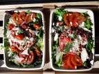 L'Haché Tartare à l'Italienne sur lit de Salade et crudités, pain et beurre - L'Antre d'Eux - Hoeilaart