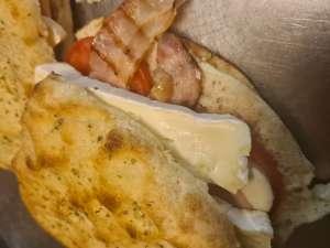 focaccia camambert bacon - La baguette Cavaleri - Anderlecht
