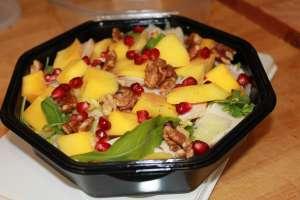 salade mangue - blanc de poulet - noix - grenade... - Le Croc Corner - Waterloo