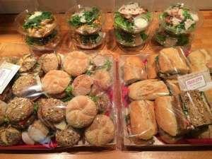 Plateau classique ( 3 quarts de baguette par personne) - Lunch Gourmand - Ghlin