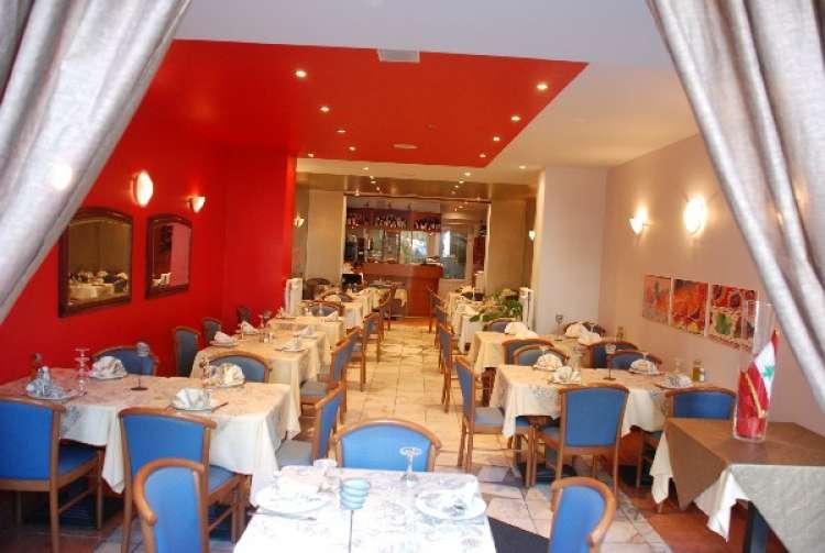 snack-friterie-paradis-du-liban-etterbeek-2