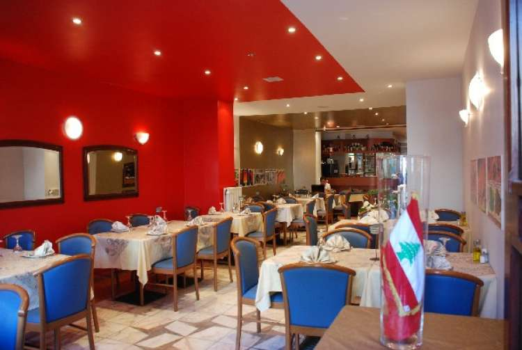 snack-friterie-paradis-du-liban-etterbeek-4