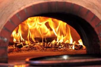 traiteur-pizzeria-pinocchio-angleur-4-logo