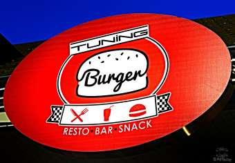Logo Sandwicherie Tuning Burger Andenne