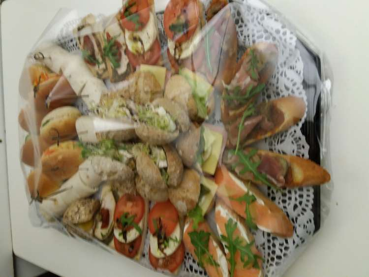 sandwicherie-tapa-faim-nivelles-15
